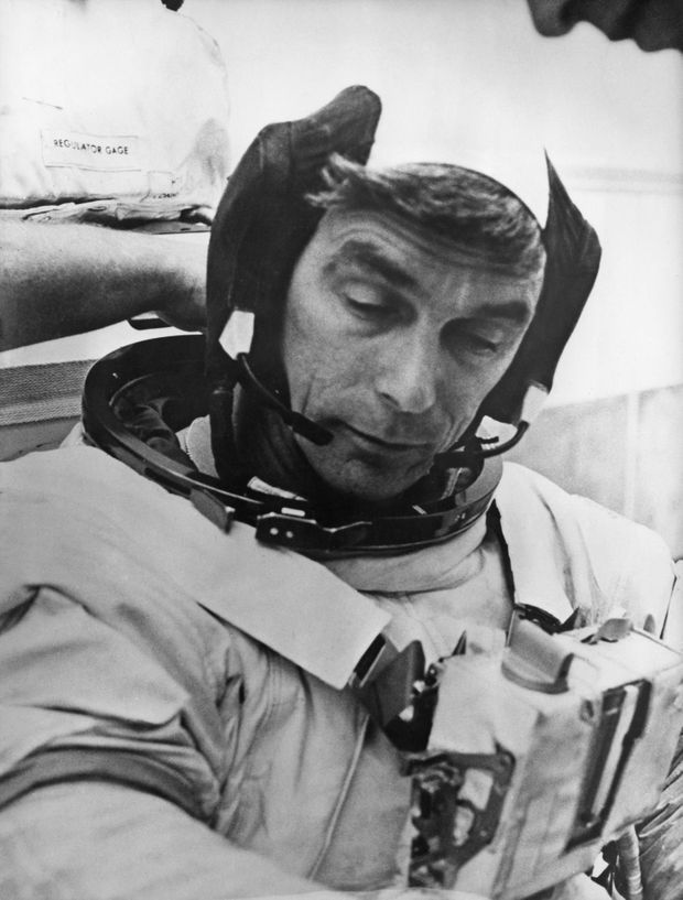 Gene Cernan (Apollo 17) se prépare pour la Lune, en 1972.