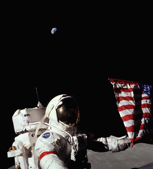Gene Cernan (Apollo 17) sur la Lune, le 12 juillet 1972.