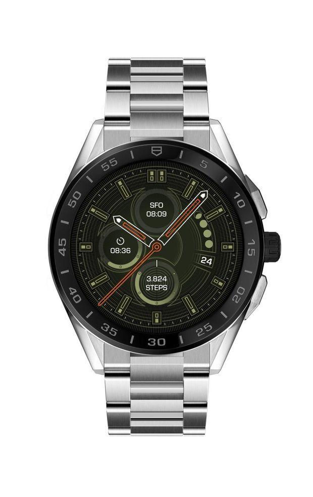 Connected en acier, lunette en céramique, 45 mm de diamètre, bracelet interchangeable, à partir de 1 700 €. TAG Heuer.
