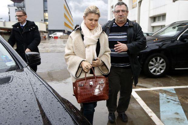 Corinna Schumacher arrivant à l'hôpital de Grenoble, le 3 janvier dernier.