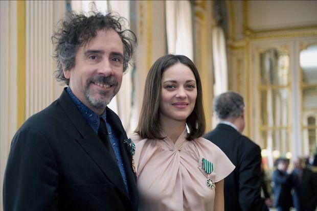 Tim Burton et Marion Cotillard à Paris en 2010.