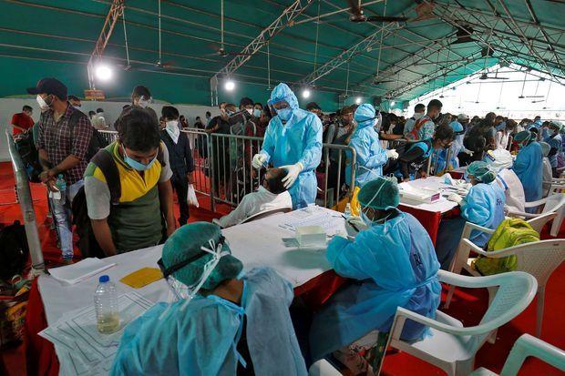 La pandémie ne cesse de gagner du terrain en Inde.
