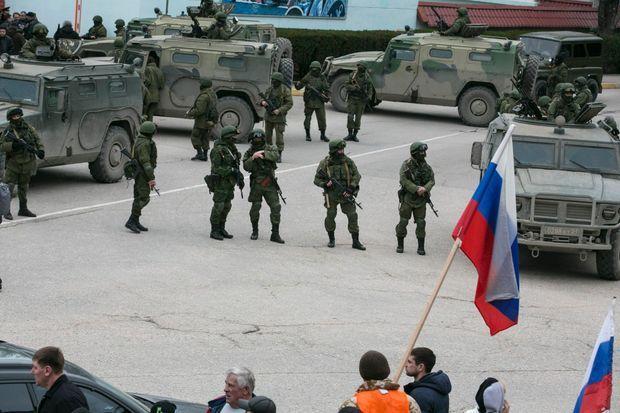 A Balaklava, l'armée monte la garde.