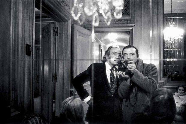 1972 David Bailey, 34 ans, et Salvador Dali, 68 ans, à Paris.