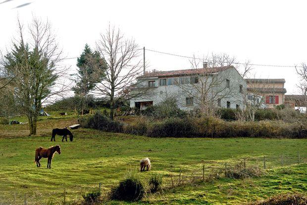 Dans cette maison sont passés ceux qui deviendront les plus sanguinaires djihadistes français.