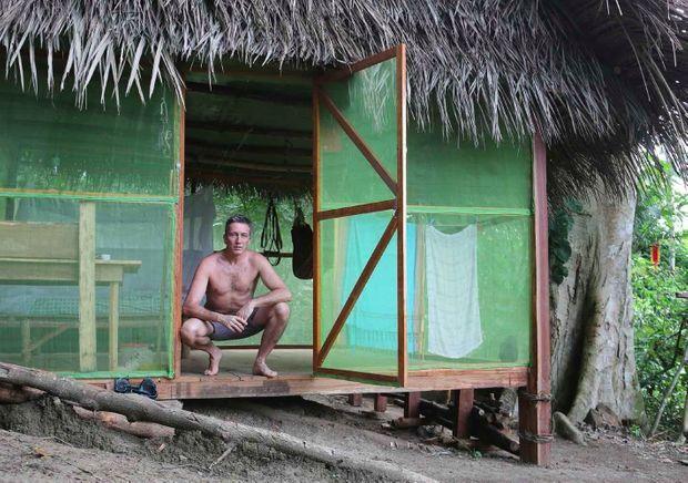 Dans la forêt amazonienne. C'est ici que se produit la « rencontre ».
