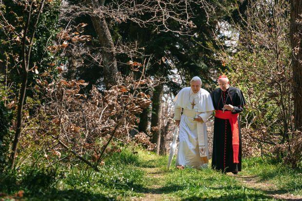 Dans le film Les deux papes, du Brésilien Fernando Meirelles, la promenade d'Anthony Hopkins et Jonathan Pryce