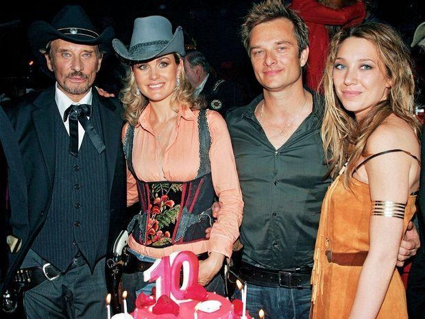 David et Laura fêtent les 10 ans de mariage de Johnny et de Laeticia au cirque Phenix Junior du bois de Boulogne, le 25 mars 2006.