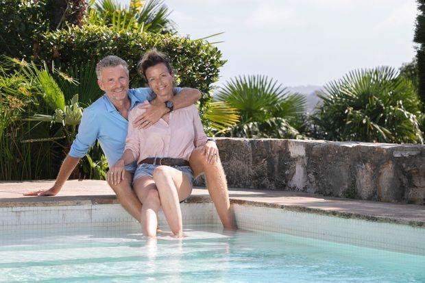 Hortense et Denis Brogniart, le 9 août à Ciboure.