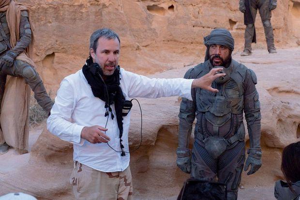 """Denis Villeneuve pendant le tournage """"Dune""""."""