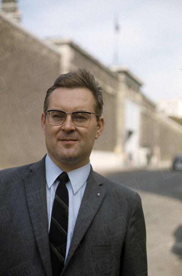 Le père Boyer, visiteur de prison jésuite, militant de la cause de Jean-Marie Deveaux.