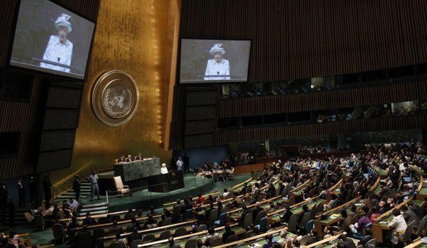 La Reine d'Angleterre Elizabeth II discours devant l'assemblée générale des Nations Unies, au quartier général de l'ONU à New York, le 6 juillet 2010.