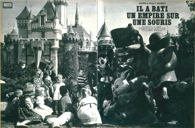 """""""Cet empire avait une capitale : Disneyland. Mais c'est aujourd'hui le monde des enfants qui porte le deuil de son fondateur : Walt Disney"""" - Paris Match n°924, daté du 24 décembre 1966"""