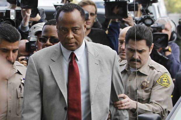 Conrad Murray à son arrivée au procès en février 2010.