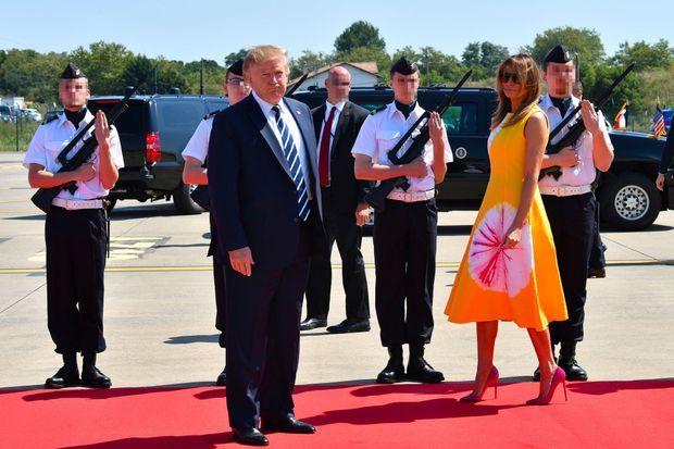 Donald et Melania Trump à l'aéroport de Biarritz, samedi.