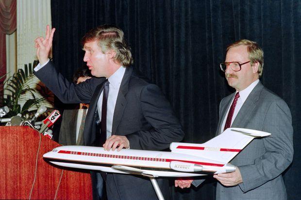 Donald Trump présente Trump Shuttle, le 25 mai 1989, à New York.