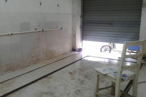 Les douches d'un des dortoirs d'Avy Precision Electroplating, à Suzhou.