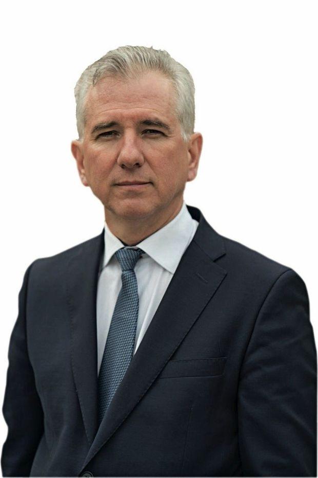 Dr Vincent Hupertan