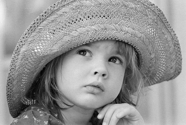 Drew Barrymore en décembre 1978. Elle a bientôt quatre ans.
