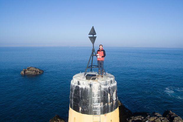 """Jérémie Eloy à Saint Malo se fait un """"dronie"""" (un selfie avec un drone)"""