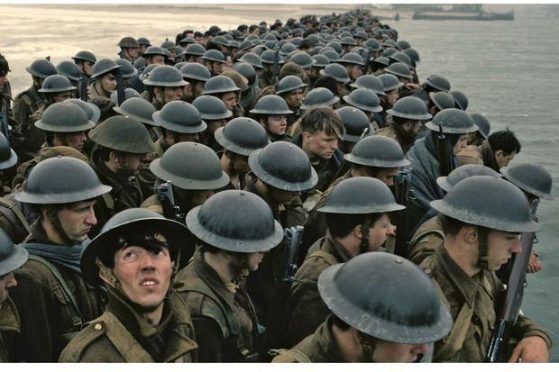 Une armée d'amateurs. Près de 2 000 figurants locaux ont été mobilisés pour les besoins du tournage.