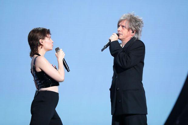 Duo dandy et complice aux NRJ Music Awards.