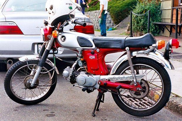 Early_Honda_70