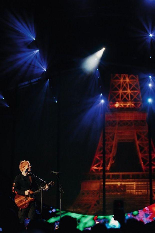 Ed Sheeran sur scène.