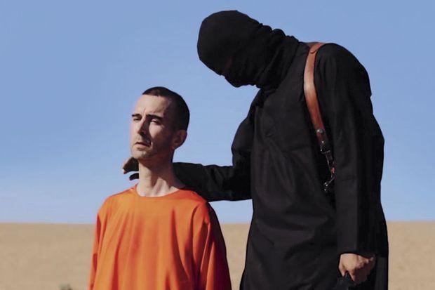 Il est le troisième Occidental assassiné. Enlevé en mars 2013 en Syrie où il s'occupait d'approvisionner en vivres les camps de réfugiés, il avait 44 ans.