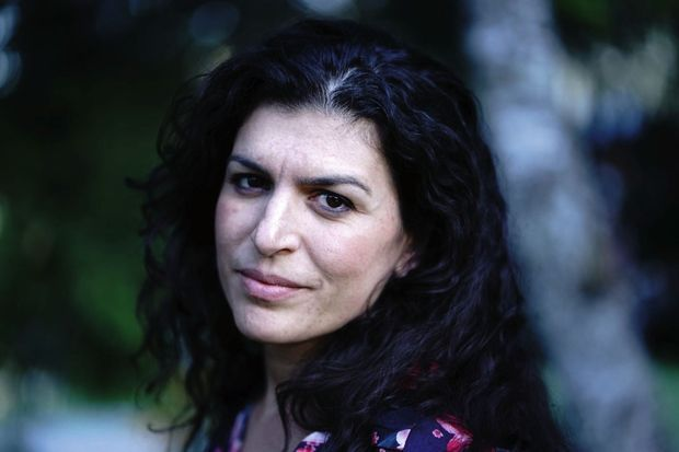"""Elise Boghossian, humanitaire, diplômée en médecine chinoise, se définit comme """"acupunctrice en zone de guerre""""."""