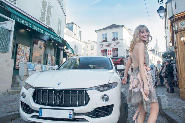 Elle a quitté le costume de la star et s'apprête à en devenir une. En février, Sveva est attendue au festival de Sanremo en Italie, un événement suivi par 7 millions de téléspectateurs.