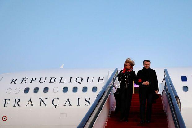 Emmanuel et Brigitte Macron arrivent en Chine le 8 janvier dernier.