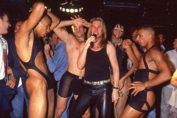 En 1995, au Queen à Paris.