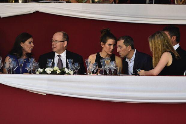 En 2015 à Monaco avec le prince Albert et Charlotte, qu'il aime alors depuis quatre ans