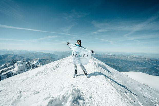 En haut du Mont Blanc, le soulagement.