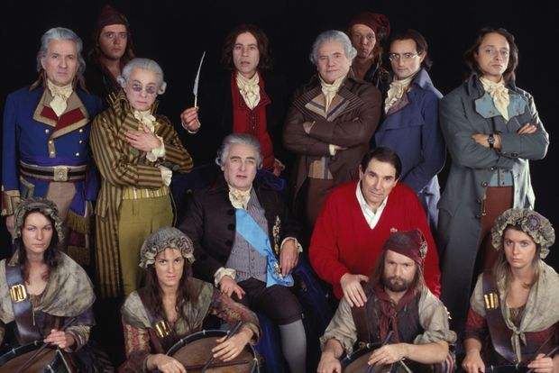 En novembre 1988, son nouveau spectacle sur la Révolution, « La liberté ou la mort », avec notamment les acteurs Jean Négroni, Serge Grand, Hugues Quester, Bernard Fresson et Daniel Mesguich.