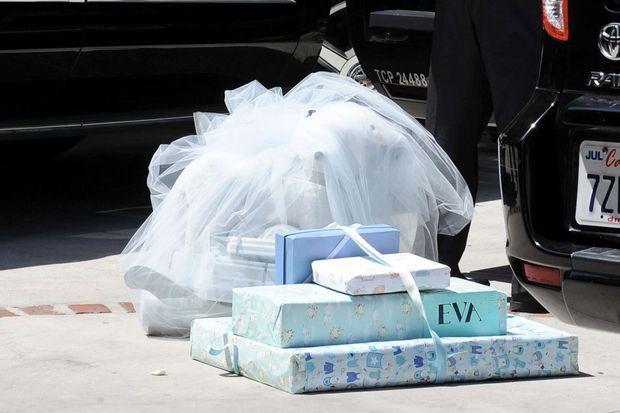 Eva Longoria a reçu de nombreux cadeaux pour son futur bébé.