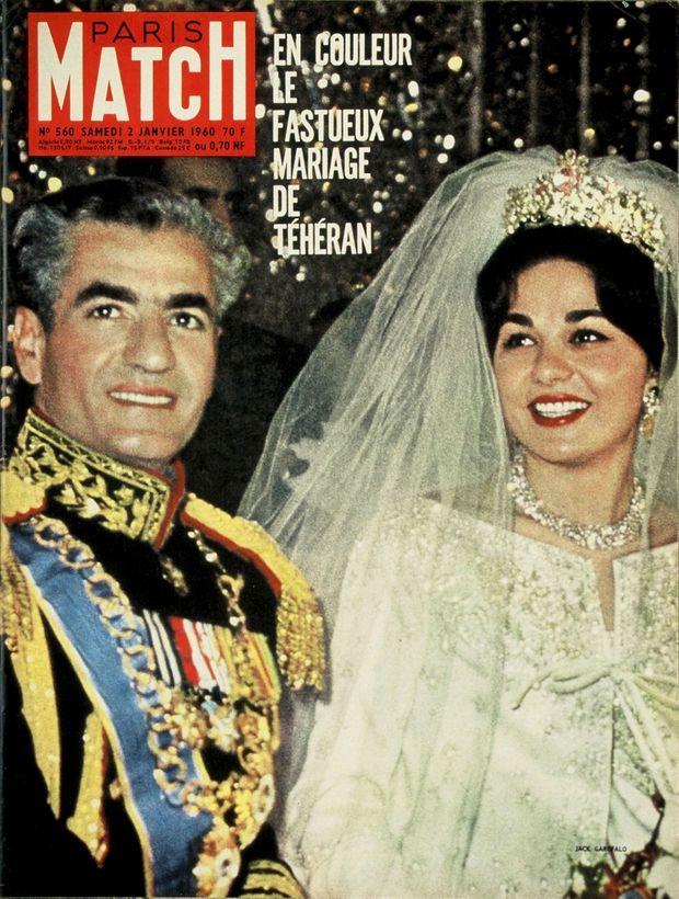 « En couleurs, le fastueux mariage de Téhéran » - Paris Match n°560, 2 janvier 1960.