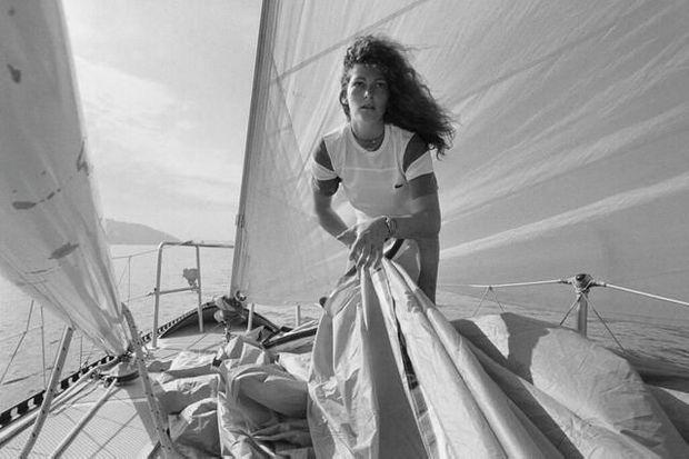 Florence Arthaud, en mer, le13 avril 1981
