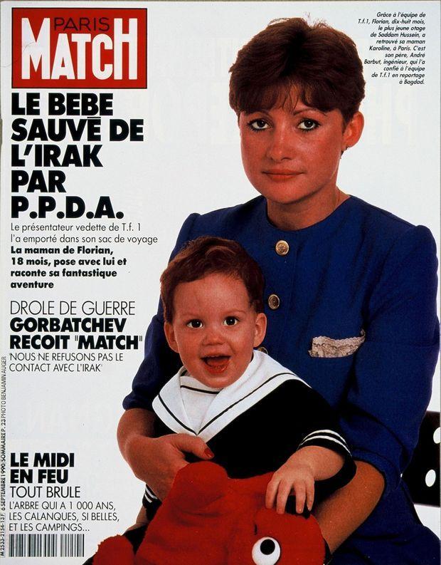 Florian dans les bras de sa mère, en couverture de Paris Match n°2154, 6 septembre 1990.