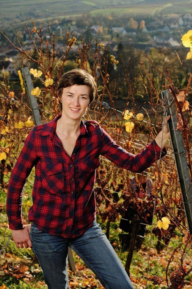 Formée en Bourgogne, Mélanie Pfister apporte à ses vins rouges une finesse éclatante.