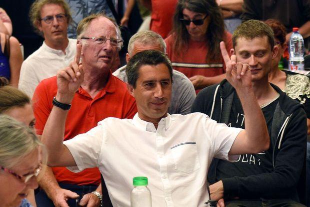 François Ruffin, nouveau député France insoumise, savoure sa victoire dimanche soir.