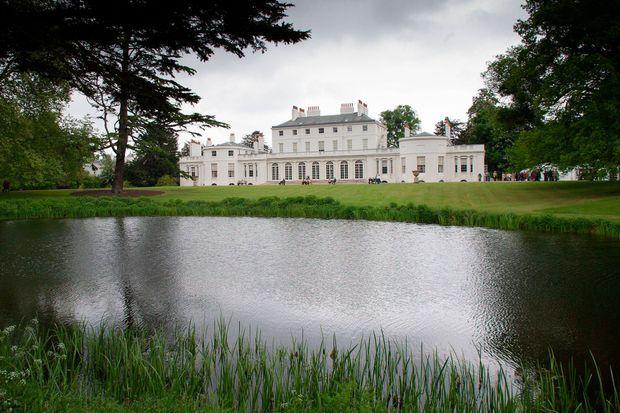 Frogmore House sur le domaine du château de Windsor, dont dépend l'Adelaide Cottage, la future ex-résidence de Meghan et Harry...
