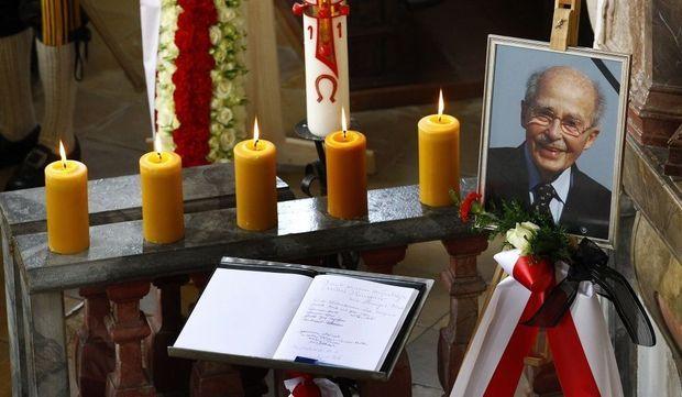 Funérailles Otto Von Habsbourg Hommage-