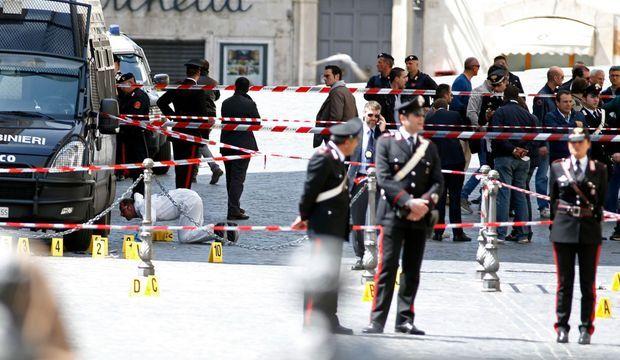Fusillade à Rome