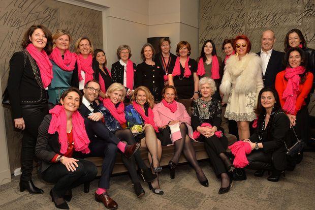 """Photocall de la 4ème édition du gala """"Toutes les femmes chantent contre le cancer""""."""