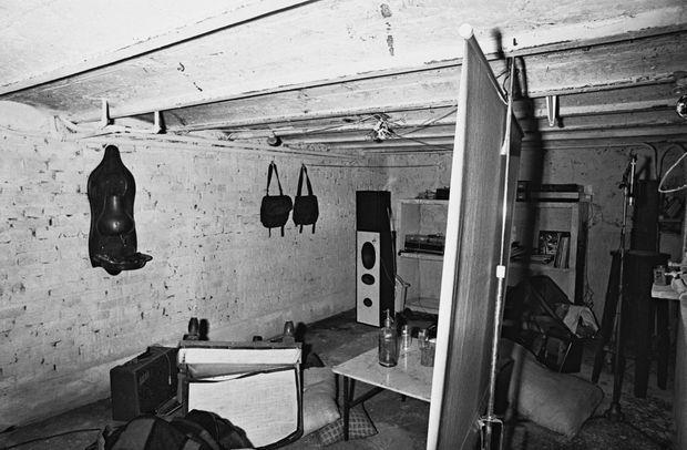 Le garage du pavillon où le baron Empain a été séquestré, à Savigny-sur-Orge, dans l'Essonne.