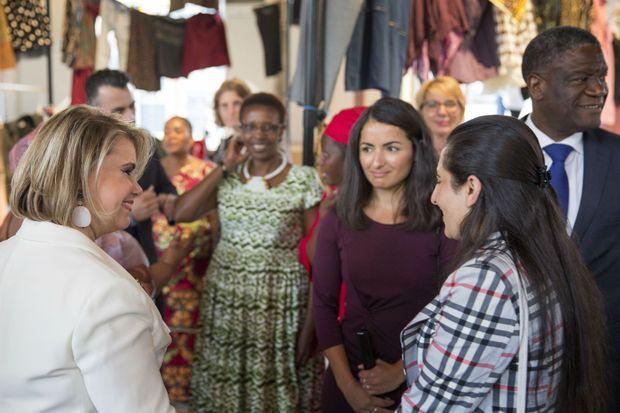 La Grande-Duchesse à la rencontre de survivantes de violences sexuelles en période de conflit avec le Docteur Mukwege.