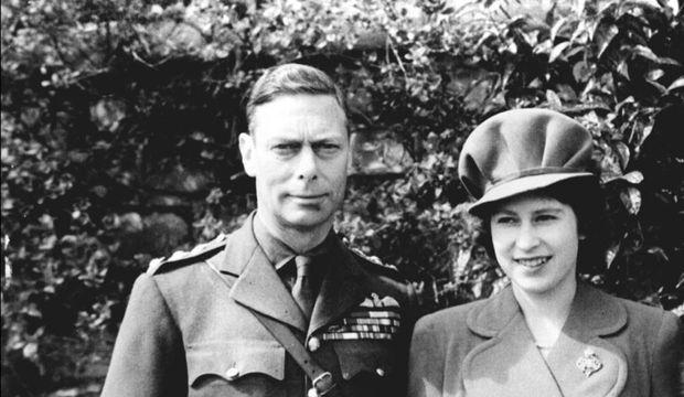 george VI elizabeth II, à ses 18 ans-