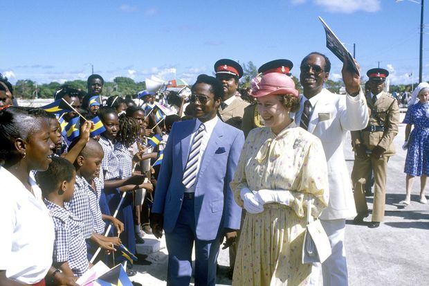 La reine Elizabeth II aux Bahamas, le 14 octobre 1985